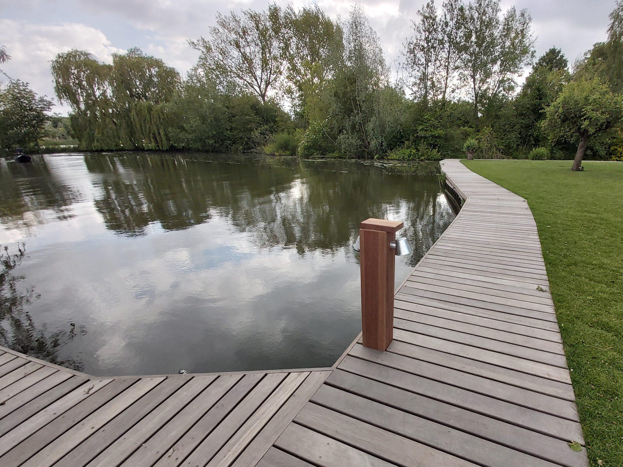 Website 10 (Home) - De Bruin Grond-_ weg- & waterbouw