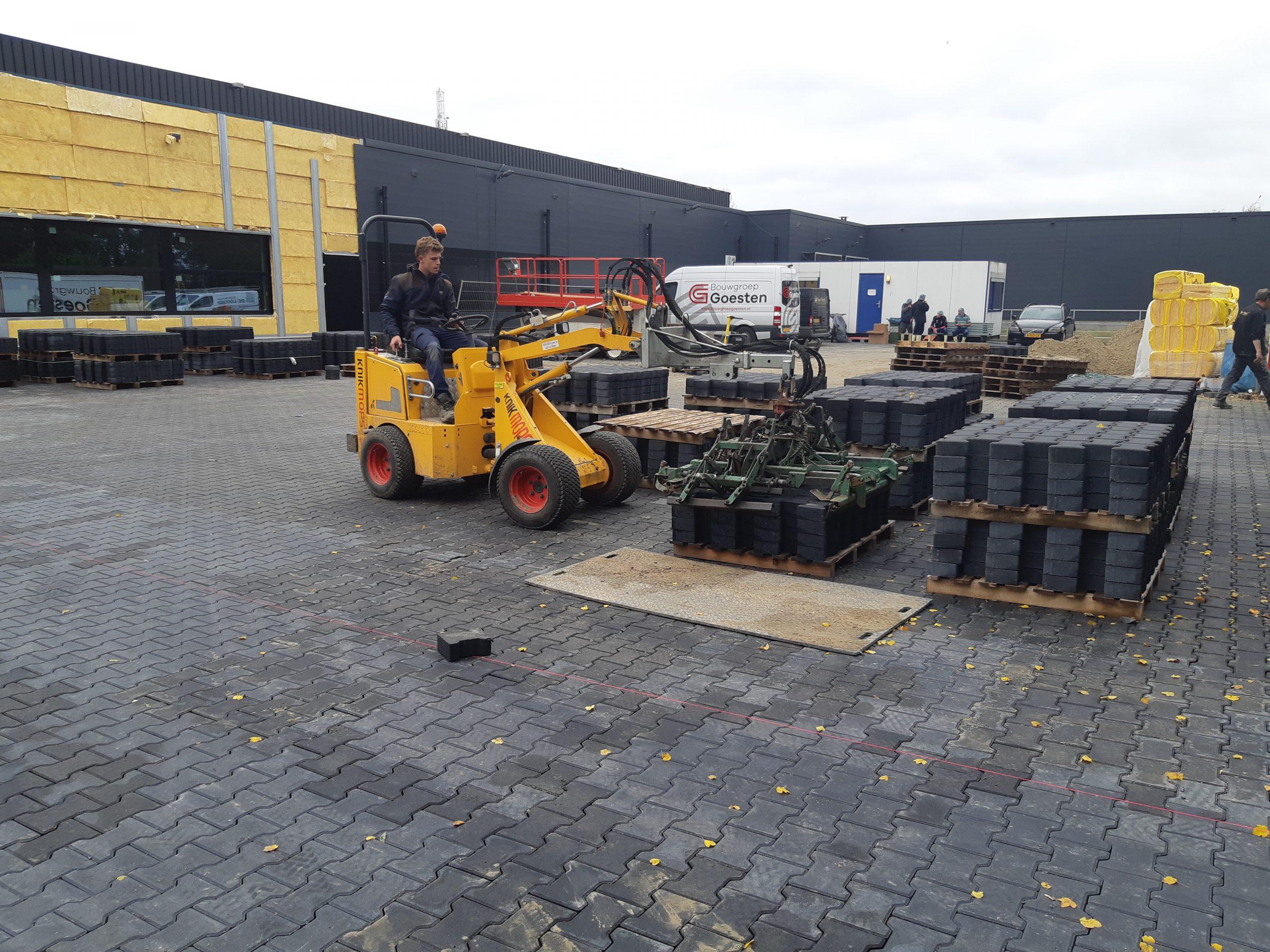 Website 9 (Wegenbouw) - De Bruin Grond-_ weg- & waterbouw